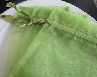 25 Green Organza Gift Pouch Small Organza bag Mini Wedding Favor Jewelry Candy Bag - 4x6 organza bag - green organza bag - organza gift bag