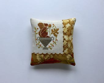 Completed Primitive Cross stitch Oktober Feast Pincushion, Primitive Pincushion, Autumn Tuck Pullow, Fall Cupboard Tuck, Primitive Stitching