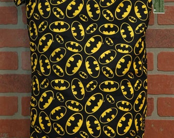 Wetbag, Batman, Cloth Diaper Storage, Diaper Pail Liner, Laundry Bag, Holds 20+ Diapers, Size XL with Handle #XL20