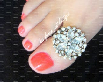 Big Toe Ring | Rhinestone | Flower | Silver | Round | Body Jewelry | Stretch Bead Toe Ring