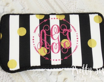 Black  White and Gold  Wipe Case *  Travel Baby Wipe Case *  Baby Shower Gift * Baby Wipe Clutch * Personalized Wipe Case *
