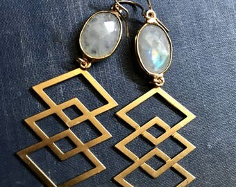 Moonstone Earrings,Moonstone Gold Earrings,Geometric Earrings,Gemstone Drop earrings,Long Dangle Earrings,Boho Chic Gold,Gemstone Geometric