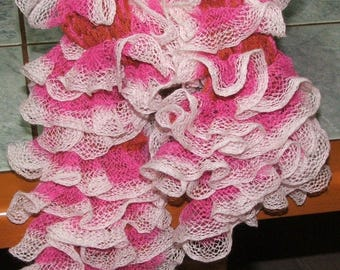 scarf pink, White ruffles and a bit of orange