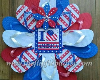 Adorable Patriotic Americana Flip Flop Wreath Door Decor Beachy Garden I Love America