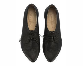 Black textured leather shoes, black oxford shoes,  Polly Jean flat shoes