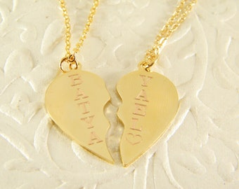 Broken heart necklace, 2 heart necklaces, Gold heart pendants,Friends necklace, Girl\boyfriend necklaces, Couples Jewelry, Personalized name