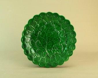Green majolica serving dish circa 1900 Antique English Dessert Pottery Ceramic