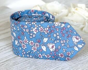 Mens Blue Floral Tie Light Blue Men's Necktie  Alaskan Blue skinny tie  Wedding Ties  Necktie for Men FREE GIFT
