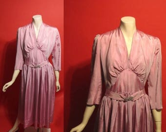 ON SALE Vintage 1930's Irridescent Glow 30's Taffeta Lavender A-Line Deco Boardwalk Womens Dress - M