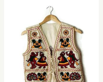 ON SALE Vintage Colorful Ethnic embroideries Cotton Vest from 1980's*