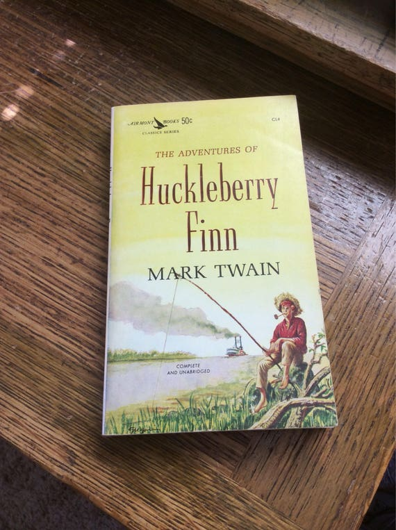 The Adventures of Huckleberry Finn by Mark Twain, an Airmont Classic vintage book, Huck Finn, vintage reading, vintage collectible book