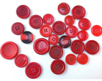 Mixed lot or Red Buttons, 25 Old Buttons in Mixed Reds, item 312