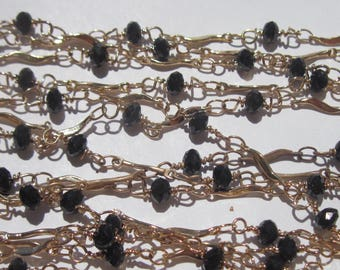 0.50 meters of chain link gold and Black colored (A81)