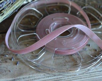 11 yard roll of small dusty mauve velvet ribbon