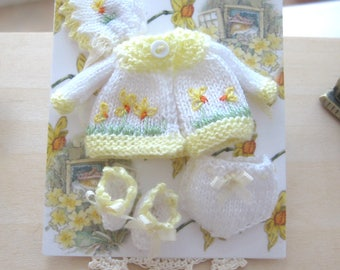 dollhouse baby doll clothes knitted daffodil design coat bonnet pants and booties 12th scale miniature