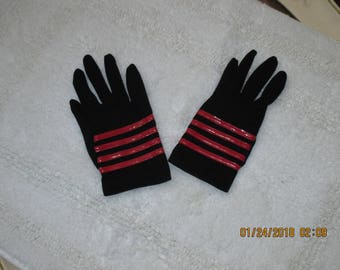 Ladies or Womens black dress gloves size small like new never worn