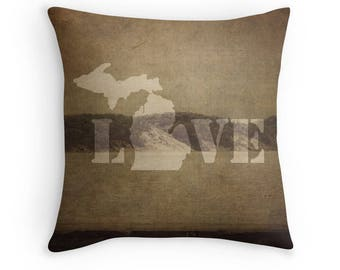 Michigan Love Pillow Cover, Lake Michigan Pillow Cover, Cabin Decor, Lake House Decor, Brown Rustic Decor, MI Decor, Sand Dunes