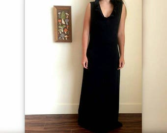 70s Black Floor Length Dress! Gorgeous and clean look with Collar!