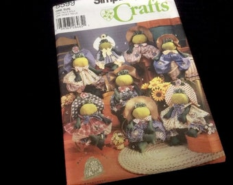 """Simplicity Crafts Pattern 5599   15"""" & 18"""" Stuffed Frog and Clothes 2000"""
