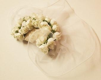 pettine tulle e rose in bianco sposa