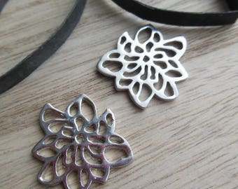 set of 2 silver metal charms