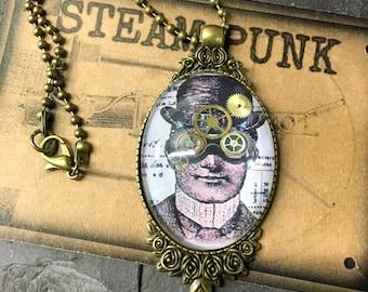 Steampunk cabochon / steampunk pendant /steampunk necklace  / bronze necklace / steampunk gears