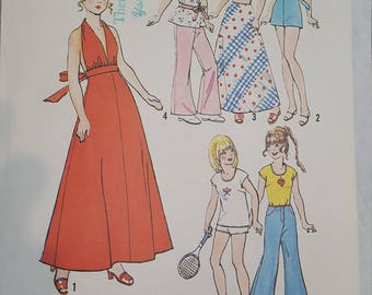 Vintage Doll Pattern Clothes Simplicity 6697 Barbie Sized Doll, 1974