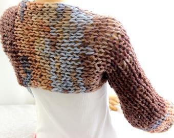 brown blue shrug, loose knit, wide sleeve, long sleeve shrug