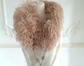 1920s Blush Ostrich Feather Boa