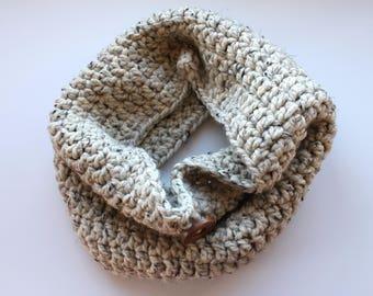 oatmeal button scarf, oatmeal cowl scarf, oatmeal crochet scarf, button scarf, button knit scarf, crochet scarf with buttons, knit scarf