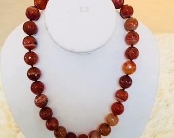 Caramel color agate necklace