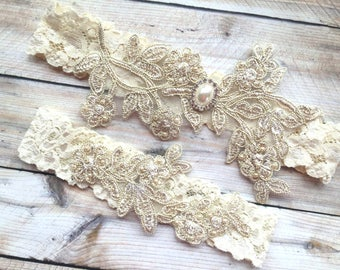 Ready to ship gold wedding garter. SIZE 16""