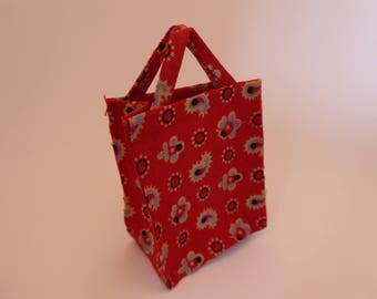 Handmade miniature fabric tote bag/shopping bag for the 1/12th scale dolls house