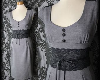 Gothic Grey Black Lace Fitted DALLIANCE Dress 12 14 Vintage 40s 50s Rockabilly