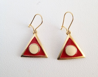 Vintage earrings, triangular form, red and white, blue and white, '80s / Orecchini vintage nuovi, forma triangolare, di metallo