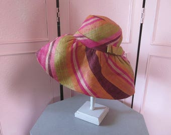 1960s High-Crown High-Fashion Colorful  Straw Hat