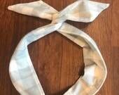 Grey and White Buffalo Check Wire Twist Headband, Flannel headband, Plaid headband, Fleece headband