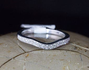 Solid 14K White Gold Band ft. Channel Set Diamonds 0.17cttw 2.5G