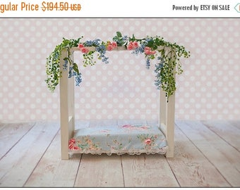 SUMMER SALE Newborn Baby Bed Photography Prop Set