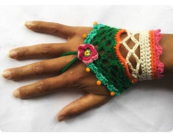 emerald bracelet, bohemian green handcuff, vegan bracelet, gyspy bracelet, glass beads bracelet , flower bracelet , crochet bracelet,
