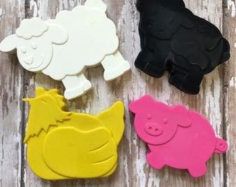 10 sets of 4 Farm Barnyard  Animals Crayons  - Transportation -  Zoo Party - Chicken - Sheep - Pig - Cow