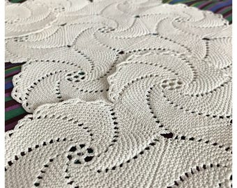 Vintage Crochet Doilie Trio, Ivory Cotton, Dressing Table, Vanity Cloth