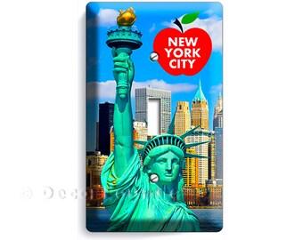 statue of liberty NYC New York City Manhattan skyline sky big apple single light switch wall plate cover living room NY bedroom office decor