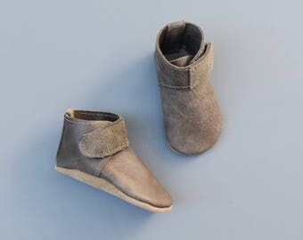high top booties / baby moccasins moccs / soft soled shoes
