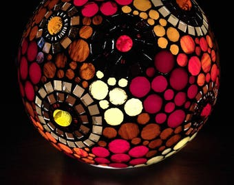 To order.  Ethnic and colorful, a new lamp ball mosaic stained glass.