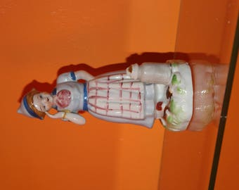 vintage 1940,s  Dutch girl occupied Japan figurine
