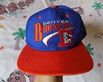 Vintage 90's Denver Broncos embroidered Snapback Hat, Adult Size NFL
