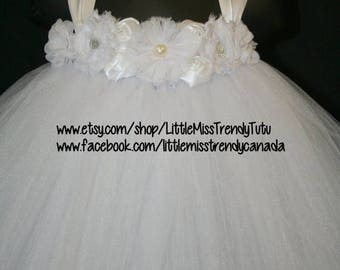 ON SALE White Tutu Dress, Tutu Dress, Flower Girl Tutu Dress, Flower Girl, White Flower Girl Tutu Dress with flowers, Girls Tutu Dress, Tutu