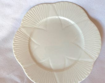 Vintage Shelley Dainty Bone China Plate (1) Shelley side plate cake plate sandwich plate replacement collectible collectable