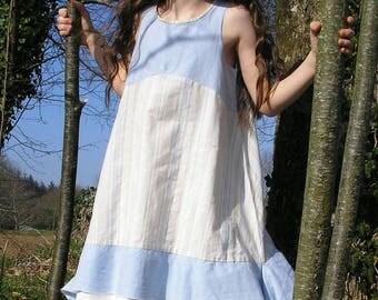 Robe en coton et lin beige, bleue et écrue